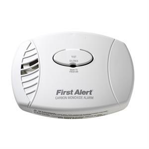 First Alert Plug-in Carbon Monoxide Alarm