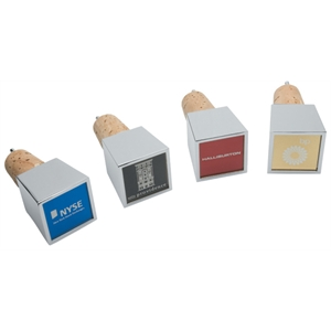 Cubo Wine Stopper/Pourer w/Colored Metal Plate