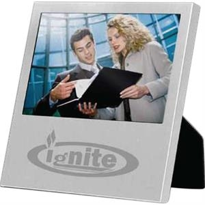 Wide Angle Photo Frame With Brushed Silvertone Aluminum