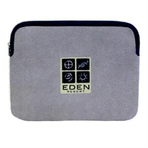 "Safeguard - 17"" Padded Laptop Sleeve. Closeout"