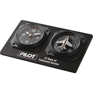 Auto-Adjusting Aviator Clock