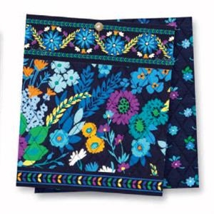 Medium Cosmetic;vera Bradley - Midnight Blues - Plastic Lined With Easy Zippered Top And Side Loop Handle Cosmetic Bag. Blank
