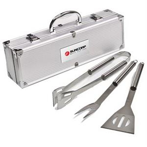 3 Pc Bbq Tool Set. Tongs, Spatula, Fork In An Aluminum Case