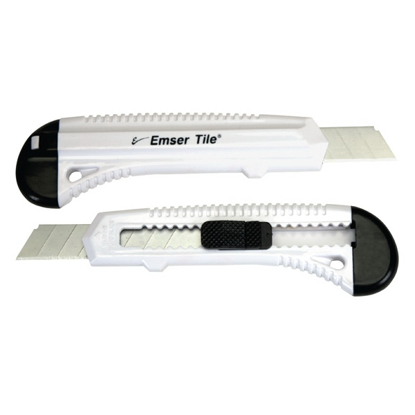 Utility Knife With Segmented Blades Photo