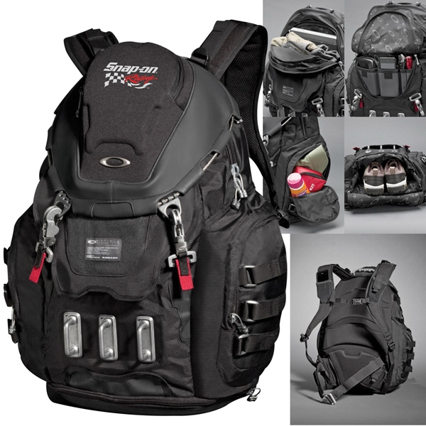 Oakley (r) Kitchen Sink - 600d Polyester/nylon Constructed Backpack. 31l Capacity Photo