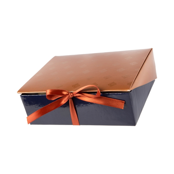 8 piece truffle box with white chocolate custom logo