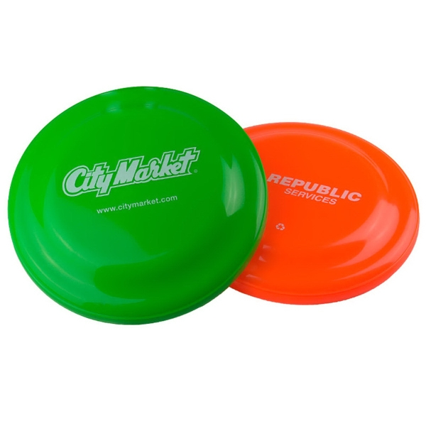"7 1/4"" Flyer - 7 1/4"" diameter flying disc, 45 grams, compact and affordable."