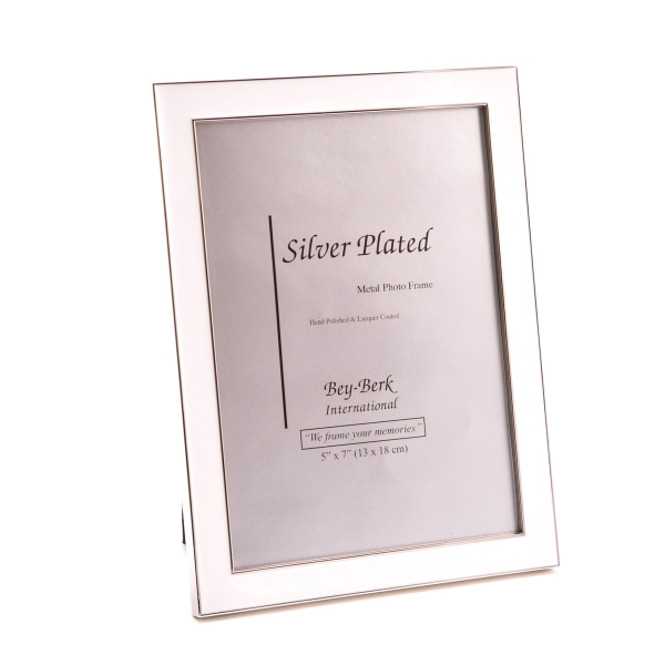 Picture Frame - White 5 x 7 picture frame