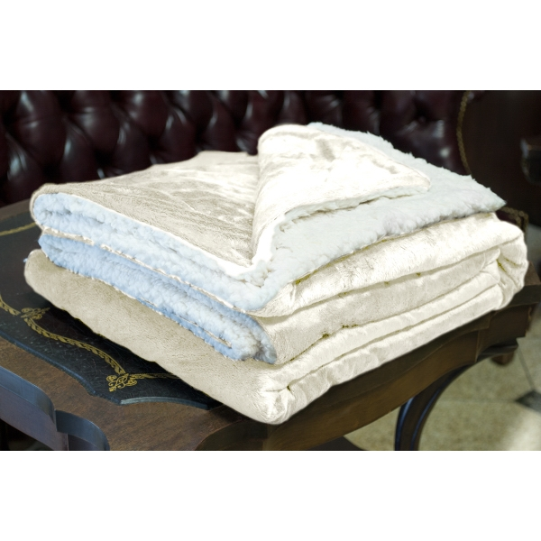 CREAM MINK SHERPA BLANKET WITH EMBROIDERY