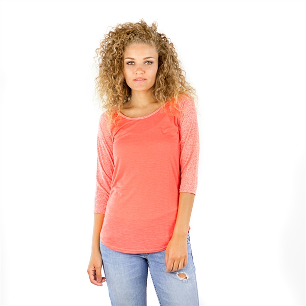 3/4 Sleeve Curve Hem Raglan Shirt
