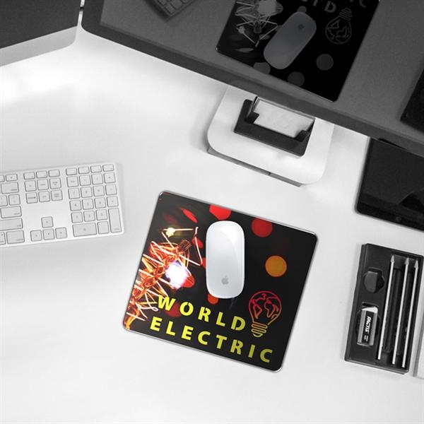 EDGE™ Aluminum Alloy Mouse Pad