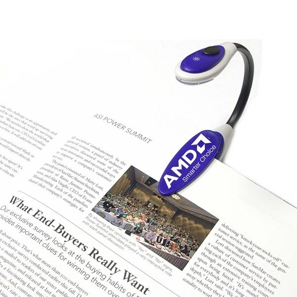 Jumbo flexible flashlight and book light