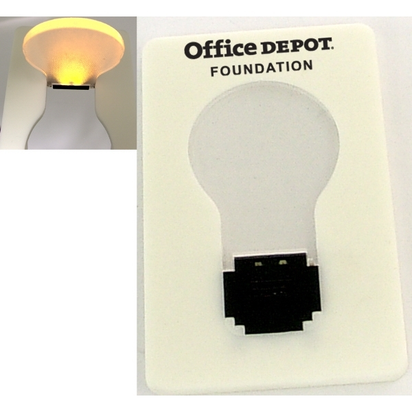 Credit card size LED flashlight