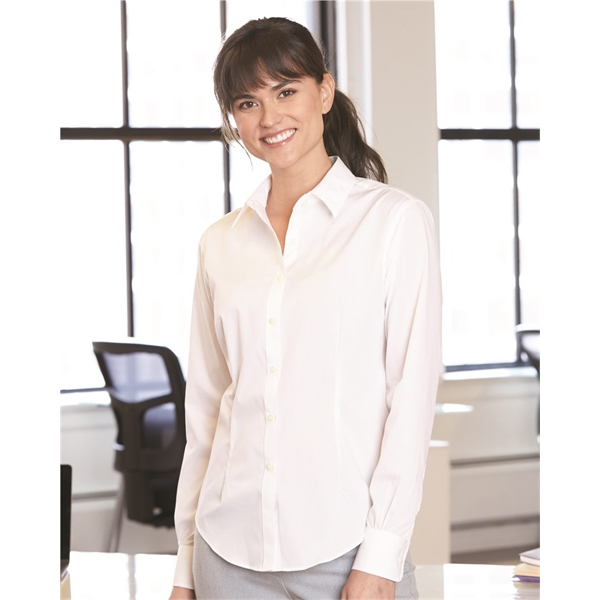 Van Heusen Women's Flex 3 Shirt With Four-Way Stretch