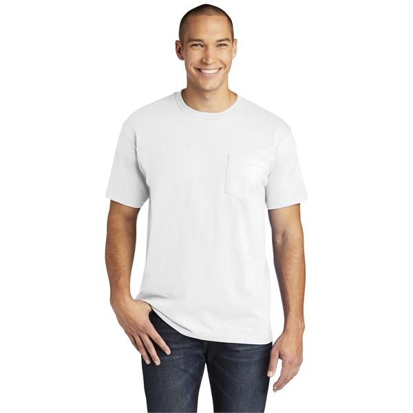 Gildan Hammer Pocket T-Shirt.