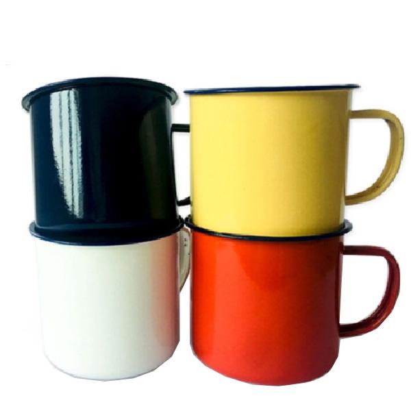 Peckled Enamel Mugs
