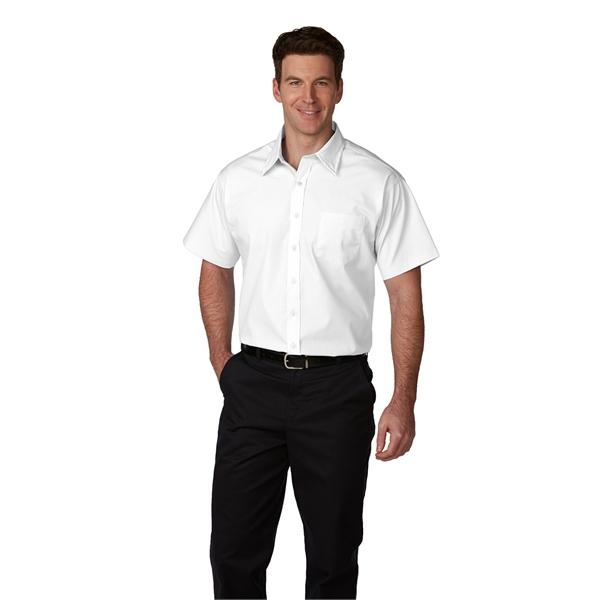 Men's Short-Sleeve Broadcloth Shirt