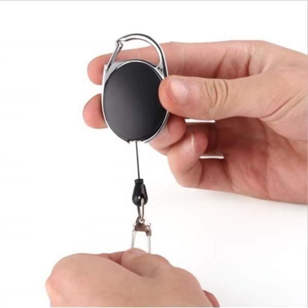 Oval shape retractable keychain