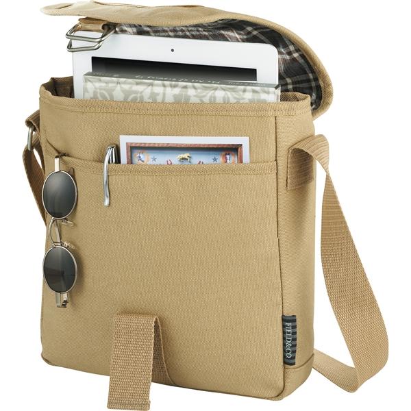 "Field & Co.® Cambridge 10"" Tablet Messenger Bag"