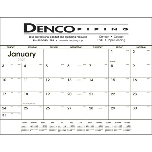 Black & White 2022 Desk Calendar Pad
