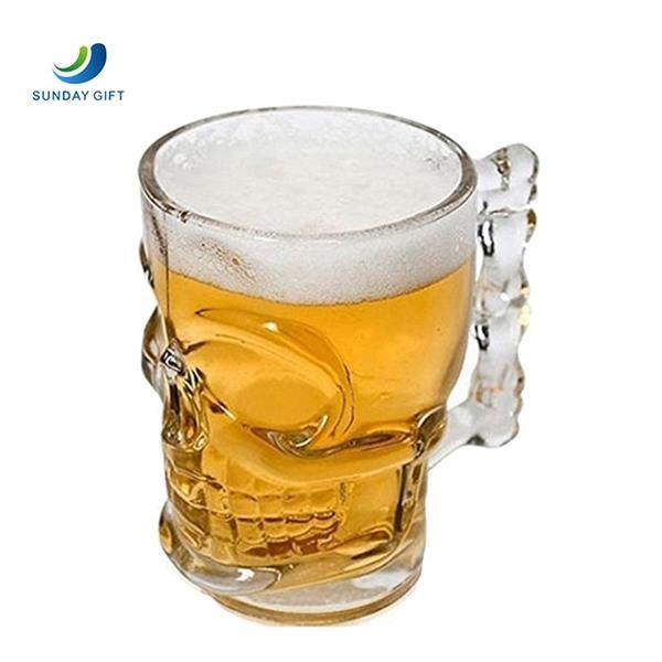 Handle skull wine glass