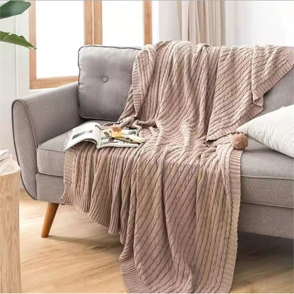 Chunky cable knitted blanket