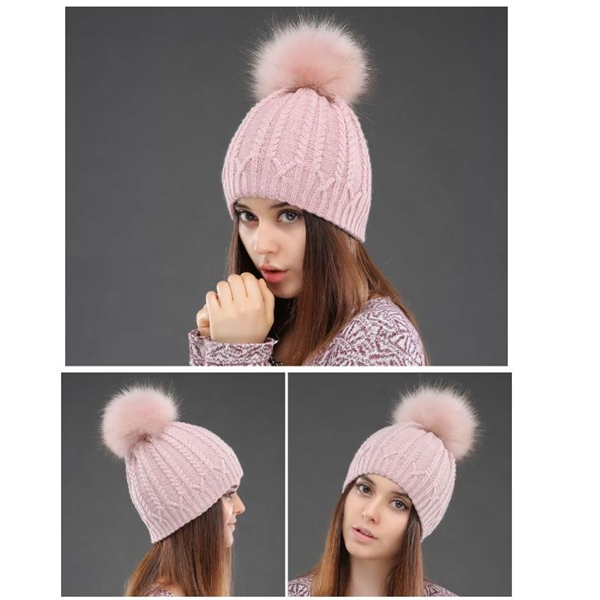 Pure Color Knitted Hat with Big Hair Pompom