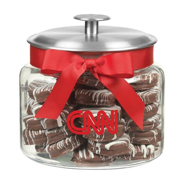 64 oz Glass Cookie Jar With Chocolate Covered Oreos