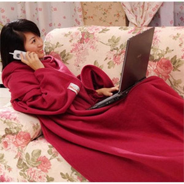 Cozy Fleece Over-sized Sleeves Blanket
