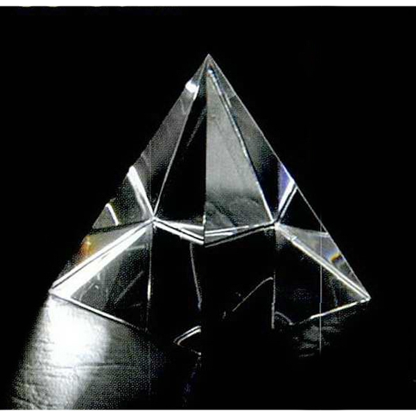 "1 1/2"" X 1 1/2"" X 1 3/4"" - Pyramid Shape Crystal Paperweight Photo"