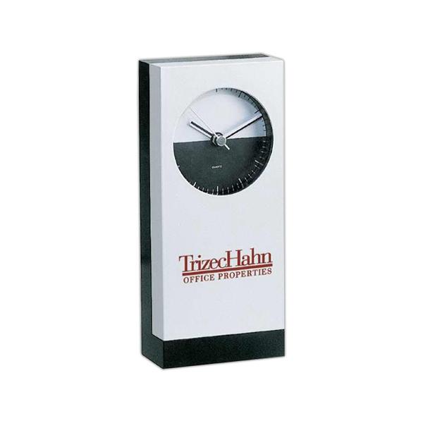 METRO ANALOG CLOCK