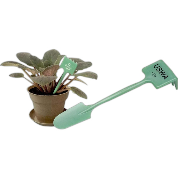 Green Plant Rake And Spade Photo