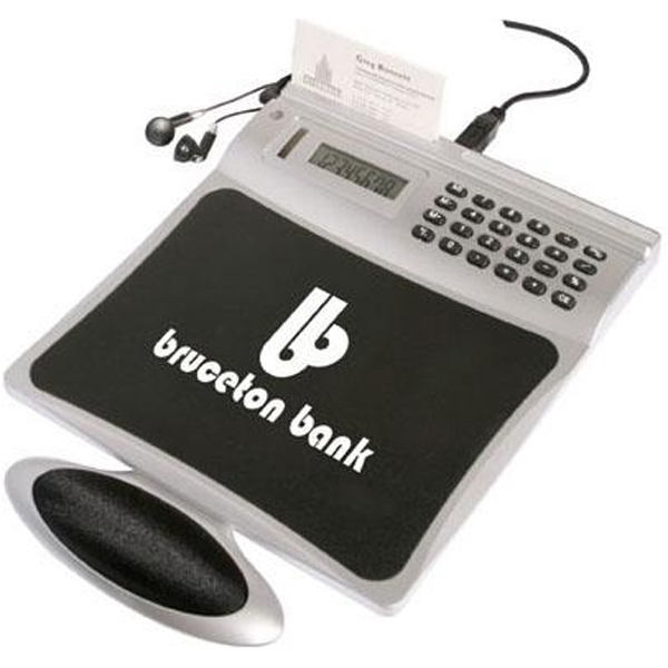 4-port USB mouse pad with radio and calculator