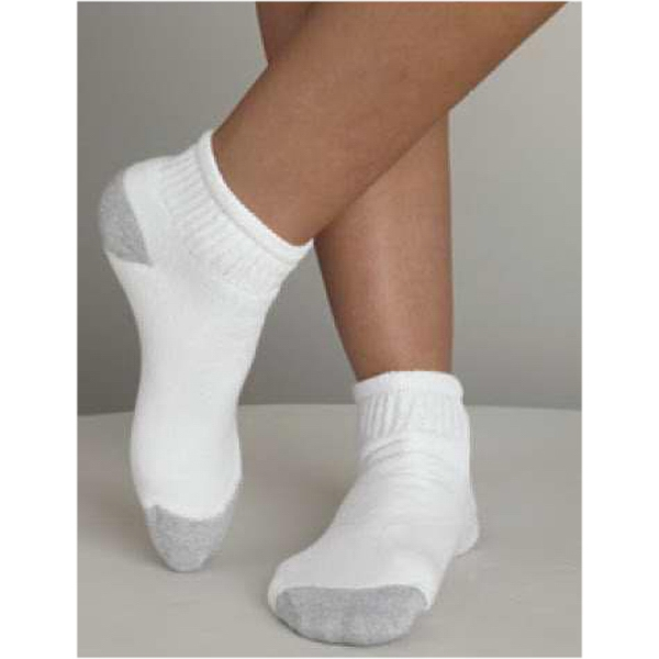 Gildan (r) - Boys' Ankle Socks. Blank Product Photo