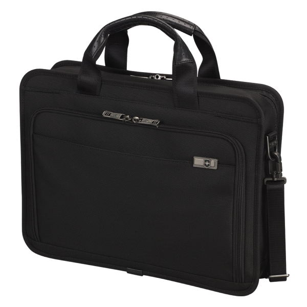 "Architecture (tm) 3.0 Collection;wainwright 15 - Slimline Laptop Business Briefcase Sized To Hold Most 15.6"" (40 Cm) Laptops Photo"