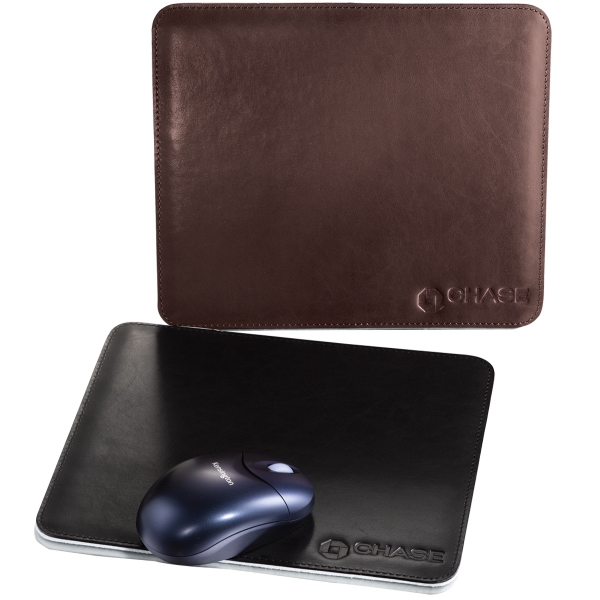 St.regis - Leather Mouse Pad With French-turned And Perimeter-stitched Edges Photo
