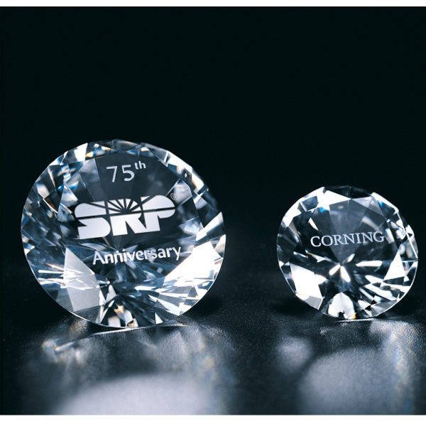"Solitaire - 1 1/2"" X 2 3/8"" X 1 5/8"" - Crystal Paperweight Photo"