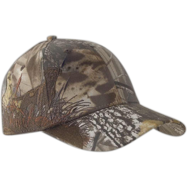 Authentic Wildlife Series (tm) - Labrador Realtree (r) Hardwoods Hd (r) - Camouflage Cap With Highly Detailed Embroidered Wildlife Scene Photo