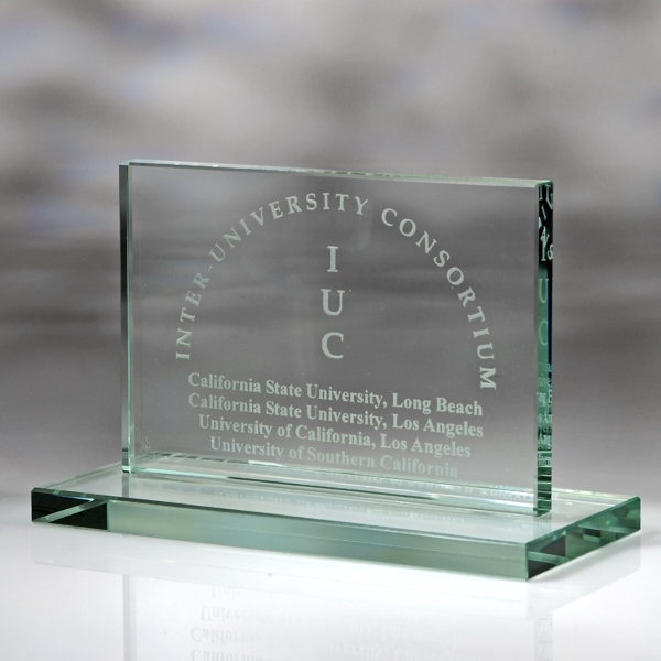 "Award-Horizontal Plaque w/Base 4"""