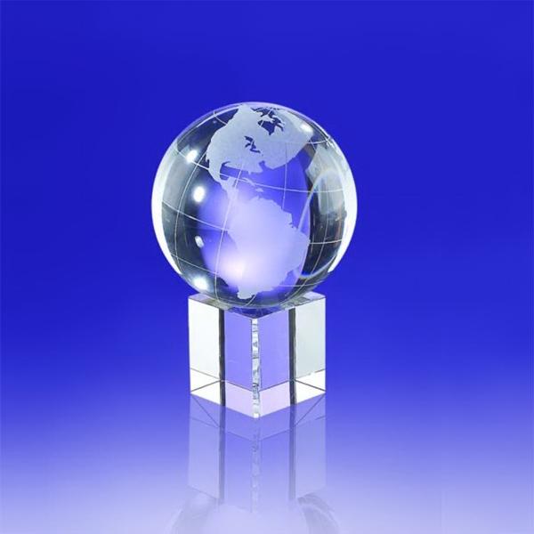 "Award- Crystal Globe on Cube 6"""