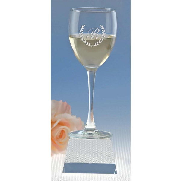 Montego Collection Windsor Collection - Wine Glass, 8.5 Oz Photo