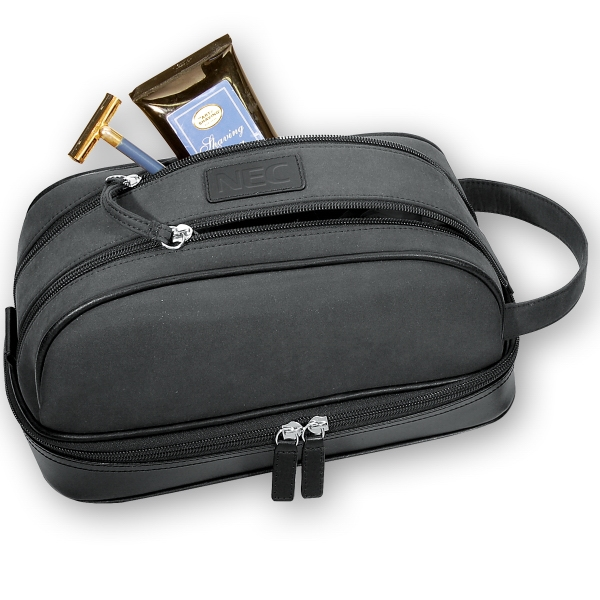 Montauk Leeman New York Collection - Toiletry Case With Easy Double Zipper Opening/closing Photo