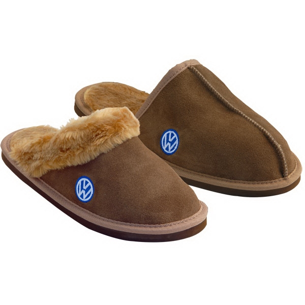 Upscale Men's And Ladies Embroidered Bedroom Slippers Made Of Genuine Leather Photo