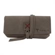 DRAPER - Sunglasses case made of leather and available in five great colors.